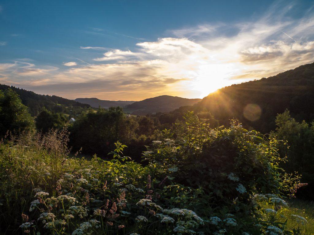Sonnenuntergang im Lillachtal – mit Blick auf den Lindelberg