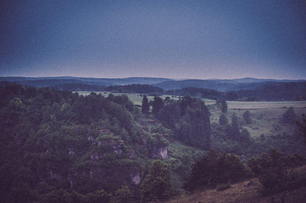 Blick auf Trockenhänge um Pottenstein in der Fränkischen Schweiz