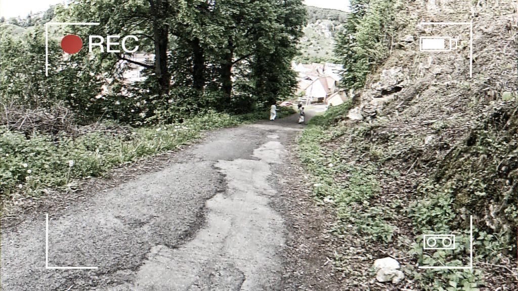Schmaler Weg von der Burg nach Pottenstein