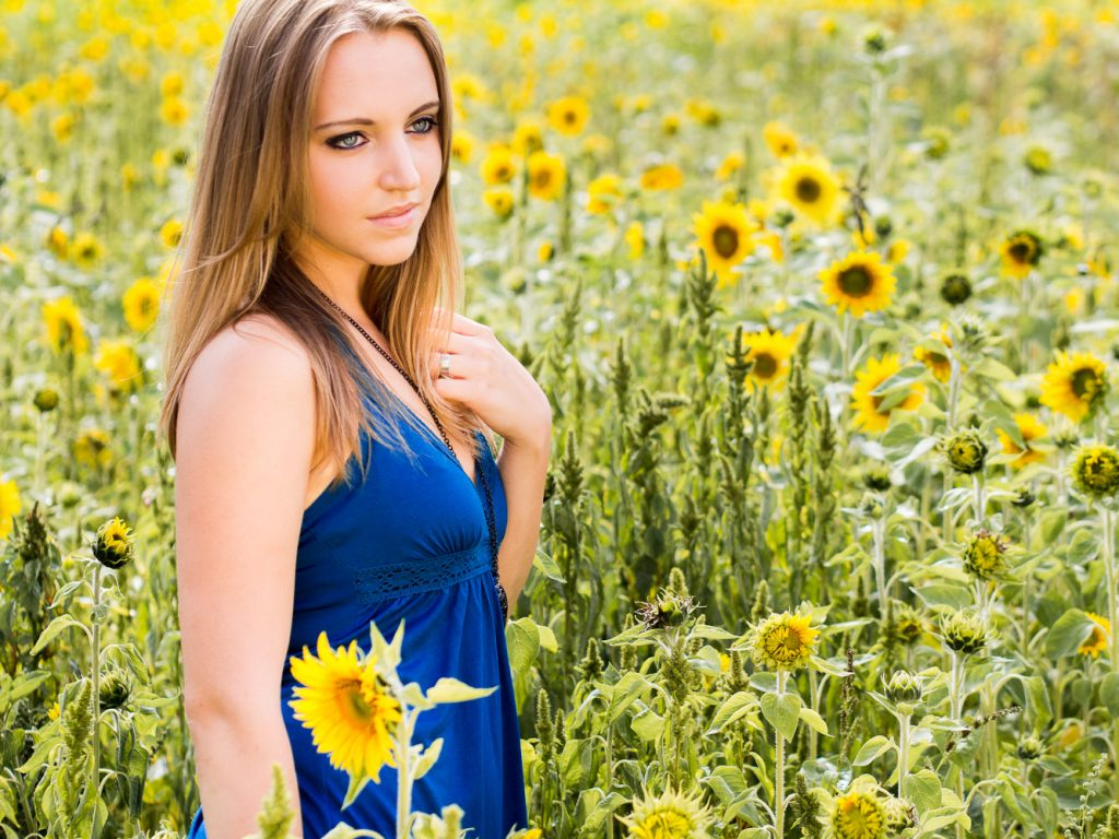 Manuela – Modelfotografie in der Landschaft