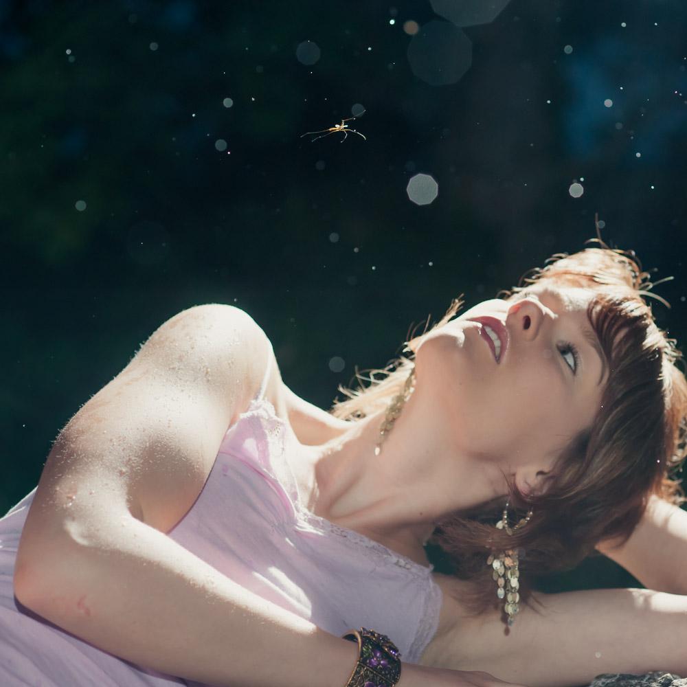Outdoorfotografie mit Helen auf der Burgruine Neideck