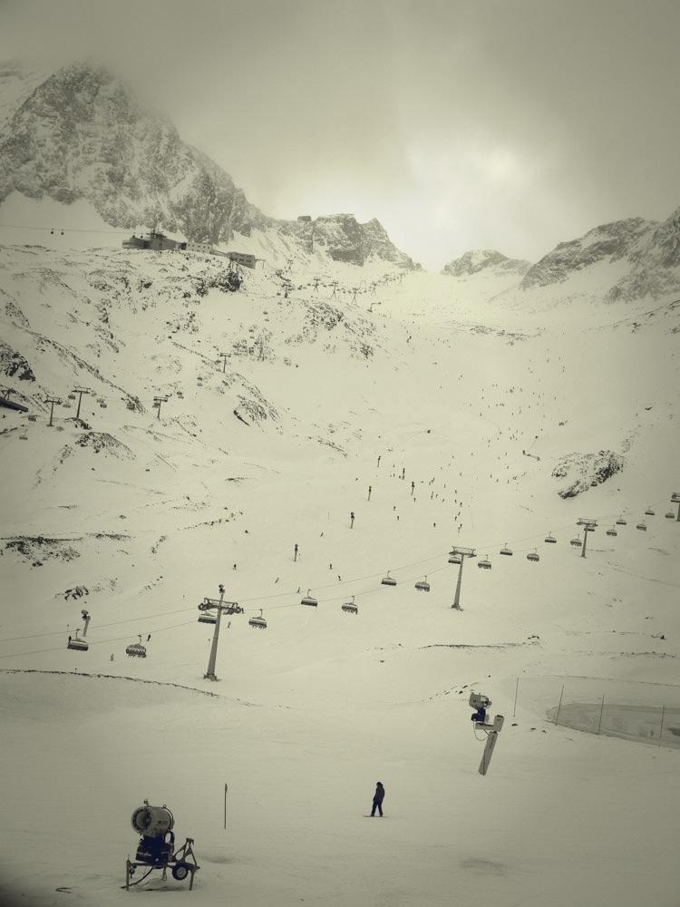 Blick auf die Eisjochzunge am Stubaier Gletscher