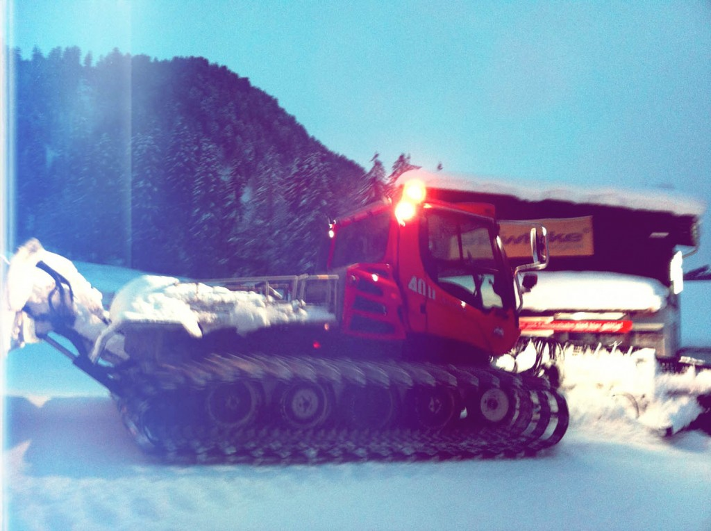 Pistenbully am Kesslerlift an der Kanzelwand