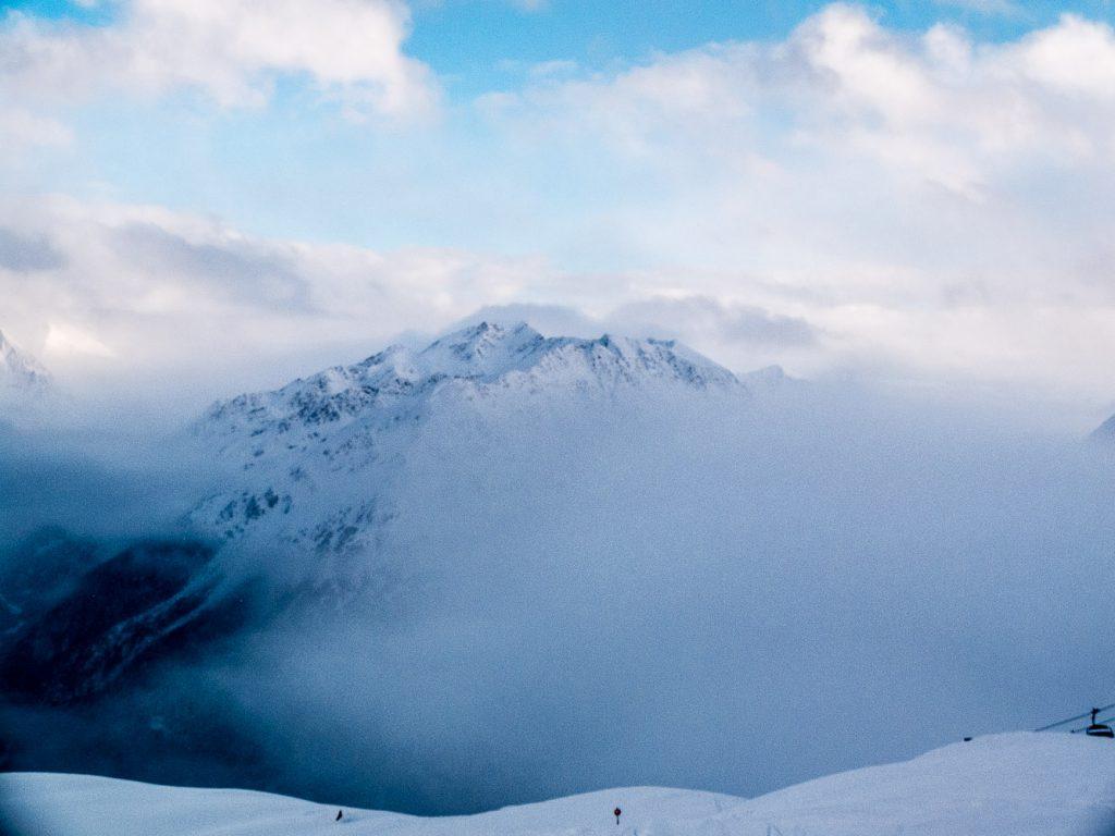 Der Nebel lässt die größtenteils vorherrschende Witterung noch erahnen