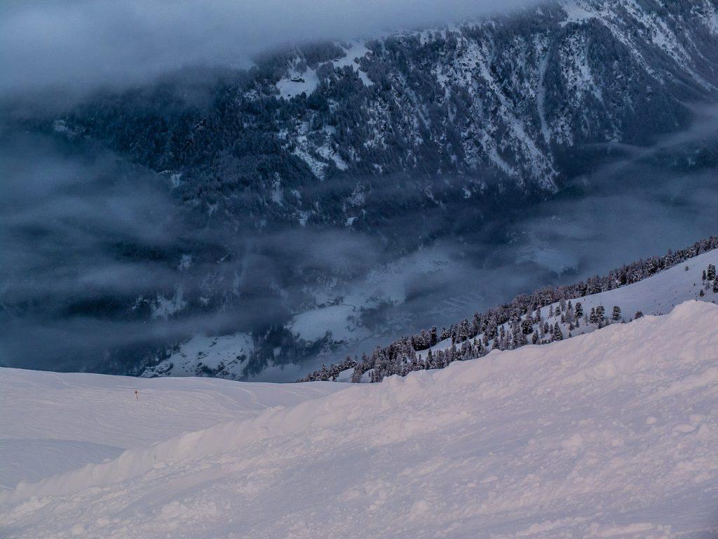 Gegen Ende des Skitages – noch kleinere Wolken im Tal