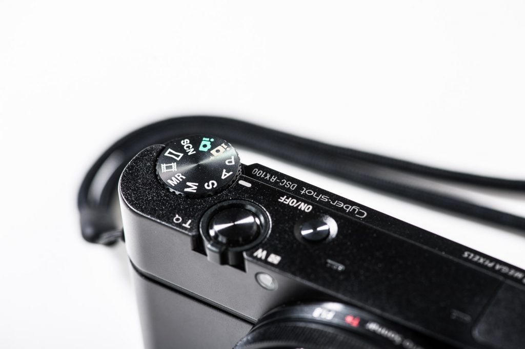 Sehr gut verarbeitet: Die Sony DSC RX100