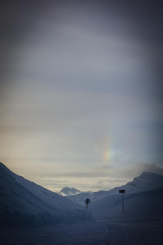 Regenbogen am Abend beim Übergang zwischen Skigebiet Ratschings und Kalcheralm