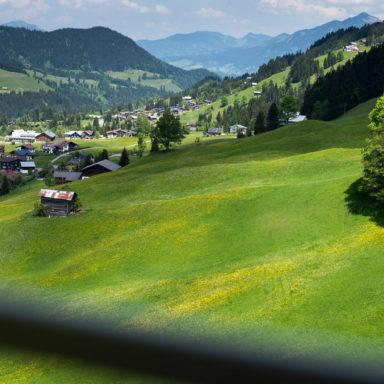 Bergfahrt mit der Kanzelwandbahn in Riezlern