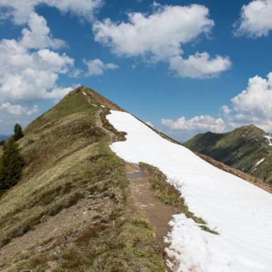 Spaziergang zum Gipfel der Gehrenspite
