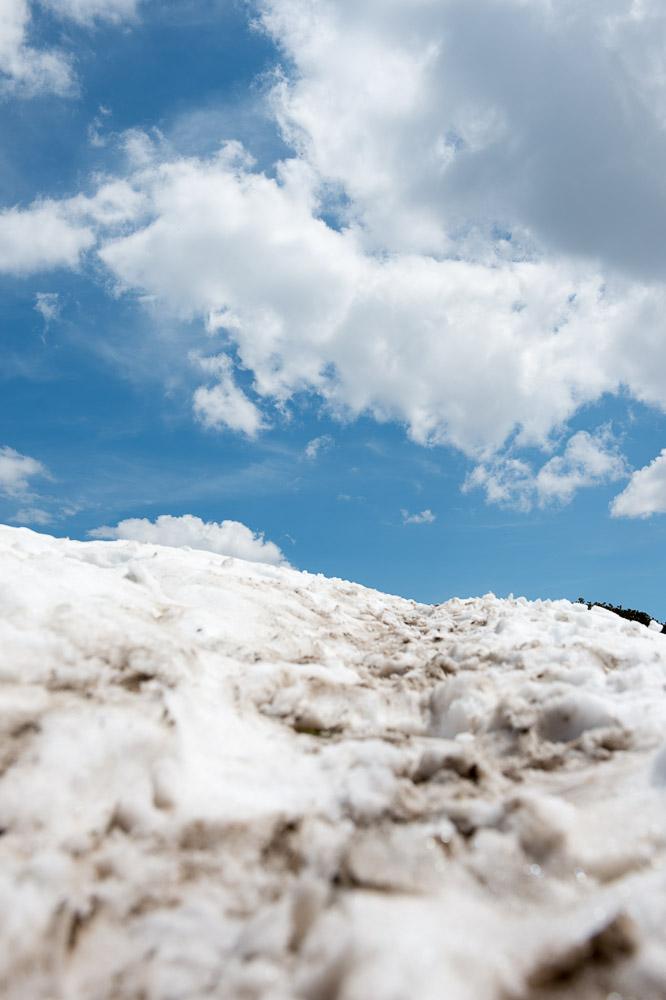 Letzter Schnee am Berg