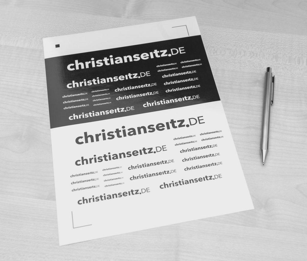 Druckbogen mit dem Schriftzug