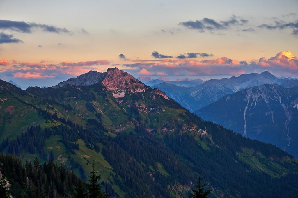 Blick auf die Gaichtspitze im Abendrot