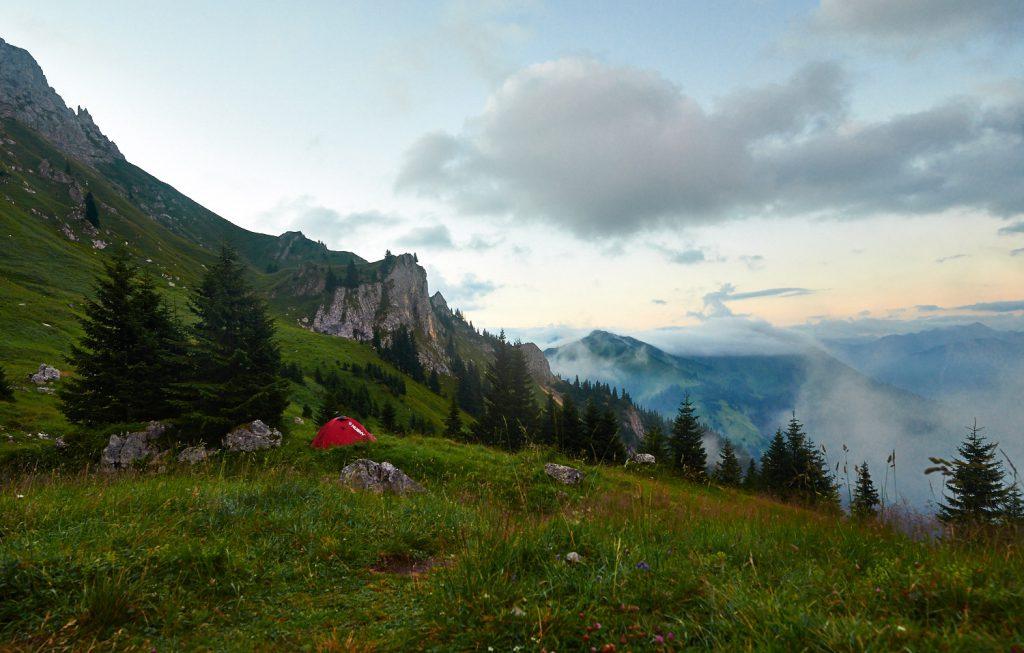 Schneller Wetterwechsel in den Tannheimer Bergen: Bild 1 von 4 innerhalb einer Minute