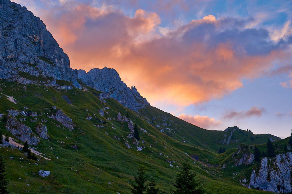 Sonnenaufgang an der Nesselwängler Scharte in den Tannheimer Bergen