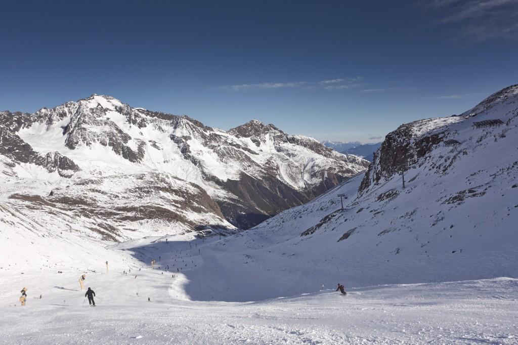 Abfahrt Falwesuna zur Dresdner Hütte am Stubaier Gletscher