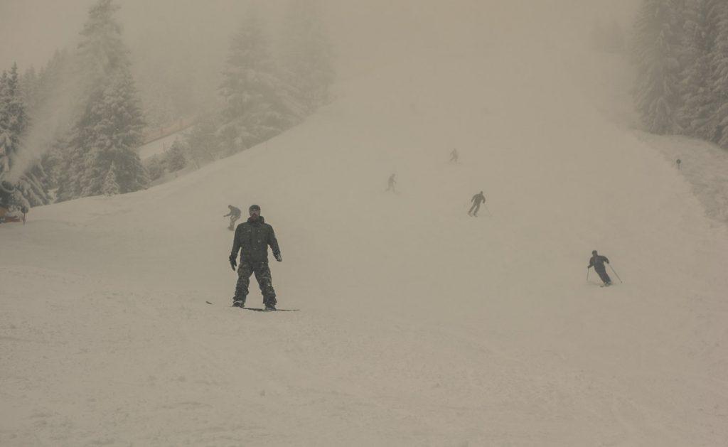 Schlechte Sicht, aber guter Schnee