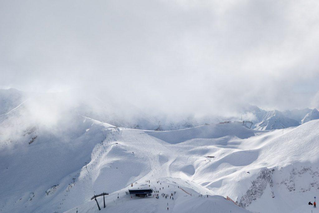 Die Kanzelwand in einer Wolke