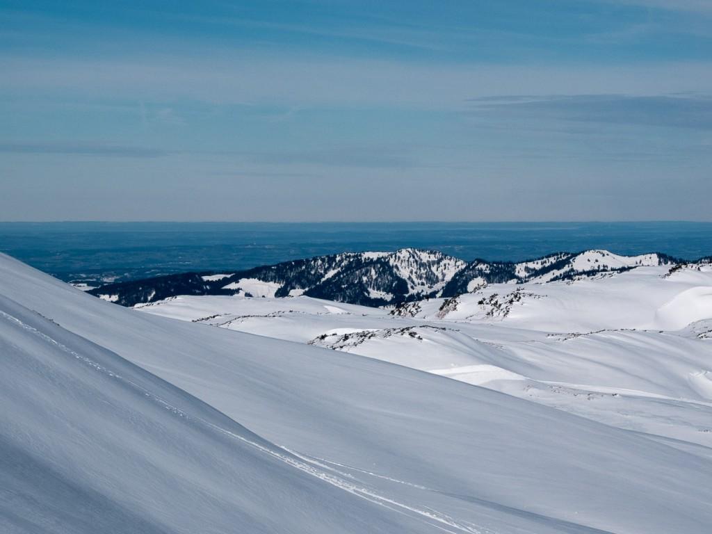 Blick vom Hohen Ifen ins Flachland Richtung Bodensee