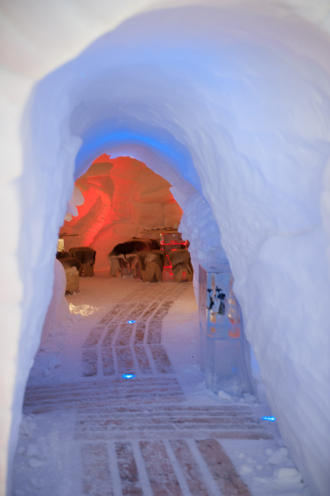 In der Iglu-Lodge am Nebelhorn