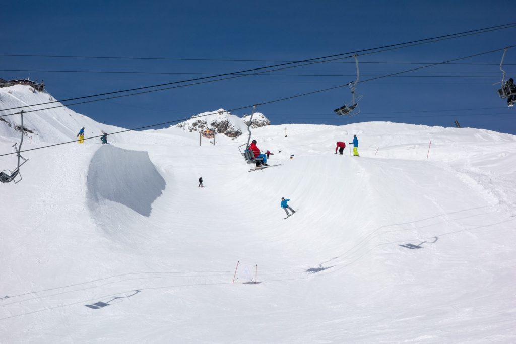 In der zweiten Winterhälfte: Half-Pipe am Nebelhorn