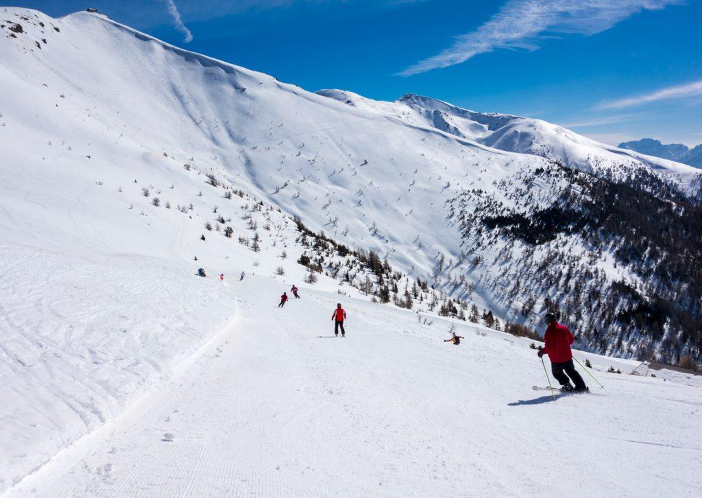 Unterwegs am Helm in den Sextner Dolomiten währen der Skido Skisafari