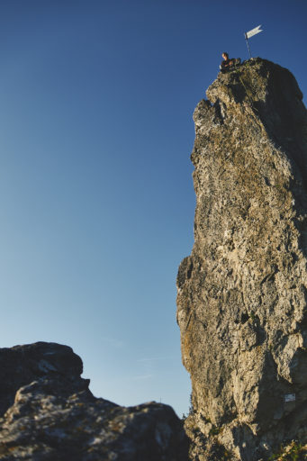 Fotopause während des Kletterns an den Drei Zinnen im Frankenjura