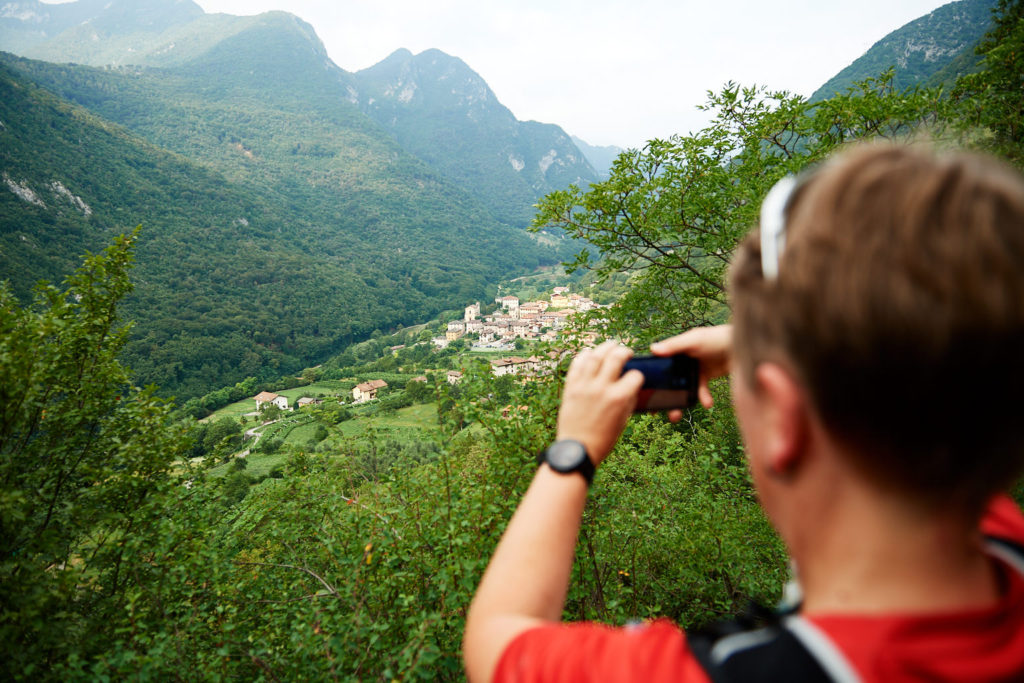 Anja dokumentiert den Blick auf Biacesa di Ledro